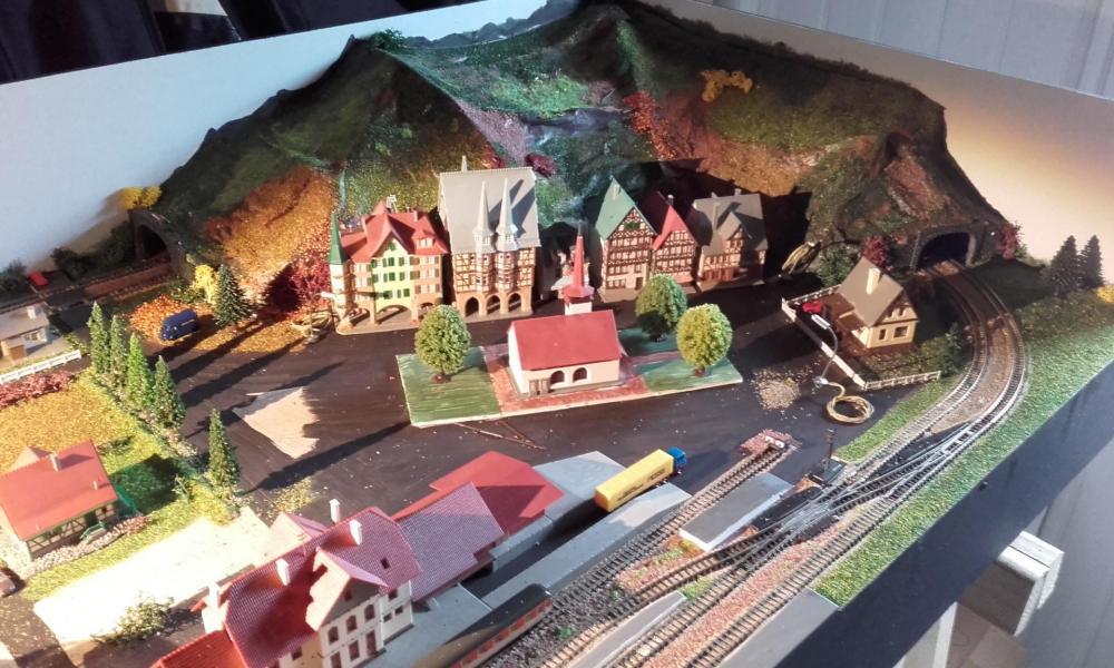 Le village et la gare